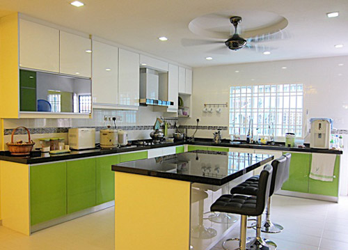 L shaped kitchen design with island for Kitchen kabinet